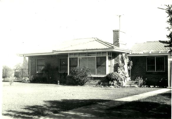 Doonside House No8